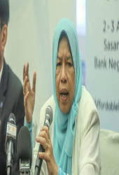 Housing and Local Government Minister Zuraida Kamaruddin (pix)