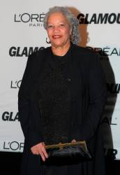 The late novelist Toni Morrison arrives for the 2007 Glamour magazine Women of the Year awards in New York on November 5, 2007. © Emmanuel DUNAND / AFP