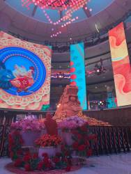 Experience a spectacular Chinese New Year at Resorts World Genting.