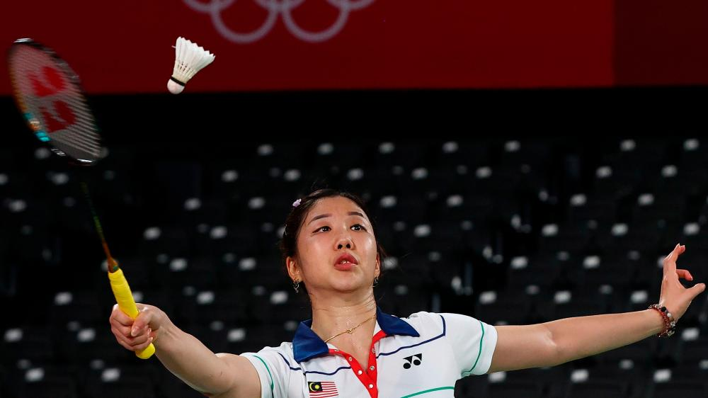 Tokyo 2020 Olympics - Badminton - Women's Singles - Group Stage - MFS - Musashino Forest Sport Plaza, Tokyo, Japan – July 28, 2021. Soniia Cheah of Malaysia in action during the match against Ratchanok Intanon of Thailand. REUTERSpix