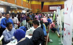 Filepic of a job career fair
