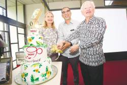 Celebrating 90 years of Boh ... (from far left) Chairman of Boh Plantations Caroline Russell, Deputy Minister of Tourism, Arts and Culture, Malaysia Muhammad Bakhtiar, and former Chairman of Boh Plantations Datuk Tristan Russell. – BOH MALAYSIA