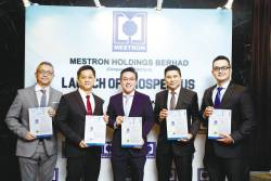 From left: M&A Securities Sdn Bhd head of corporate finance Gary Ting, Mestron Holdings Bhd executive director Gary Loon, Por, M&A Securities managing director of corporate finance Datuk Bill Tan and deputy head of corporate finance Danny Wong.