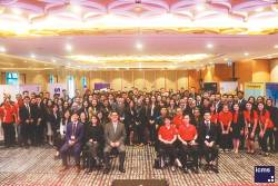 A group shot of Industry Insights 2019 participants, professionals from partnering firms, and the organisers ICMS.