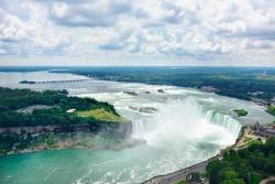 Aerial view of Niagara Falls from the Canadian side © CreativeI/ istockphoto.com