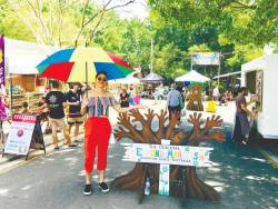 Shop at Eumundi market. – Siti Afifah Kamarudin/ thesun