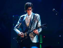 Rock & Roll Hall of Fame Induction - Show - Cleveland, Ohio, U.S., 14/04/2018 - Ric Ocasek of The Cars performs on stage. REUTERS/Aaron Josefczyk/File Photo