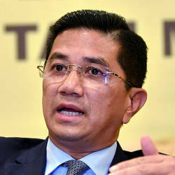Malaysia will remain vigilant despite Q2 stronger growth: Azmin