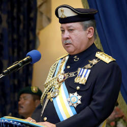 Johor Sultan to personally reply Raya well-wishers