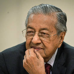 We are not against selling MAS to foreigners: Mahathir