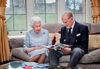 UK's Queen Elizabeth and Prince Philip celebrate 73rd anniversary