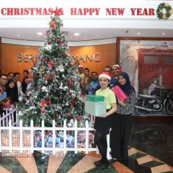 Staff of Berjaya Penang Hotel all geared up to welcome the festive season.