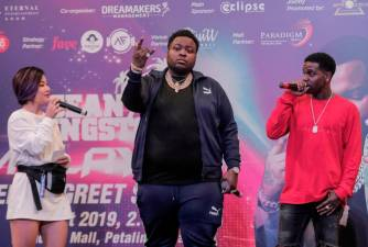 Sean Kingston at a meet and greet session at Quill City Mall - THESUN/ ASHRAF SHAMSUL