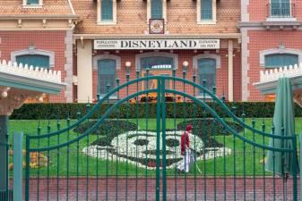 Disney to cut 28,000 jobs