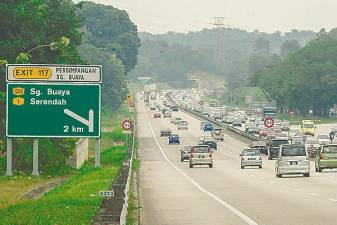 Toll rates will be cut by 18% by extending the outstanding concession period for 20 years. – Adib Rawi Yahya/theSun