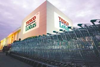 Thai tycoons in fray for Tesco's Asia business worth up to US$9b 1