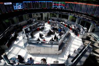 Global shares extend rebound on policy action hopes 1
