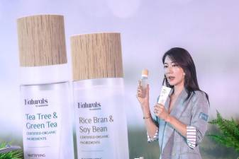 Korean skincare expert Jennifer Jung shares some beauty tips. — Sunpix by Adib Rawi