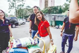 Tengku Zatashah is one of the many volunteers helping out the needy during these difficult times. – Courtesy of Tengku Zatashah
