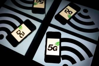 Apple stocks climb on 5G iphone launch