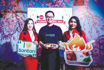 AirAsia Resident Chef Calvin Soo at the launch. – ASHRAF SHAMSUL/THESUN