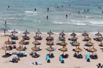 Europe hopes to enable a safe amount of tourism to tourist hotspots like the el Arenal beach in Mallorca in the coming months.