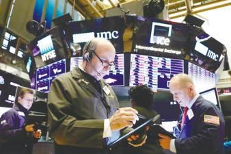 US market sell-off brings short sellers US$344b profit 1