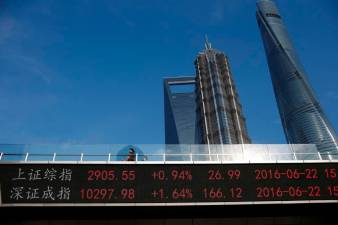 China shares swoon, Hong Kong plummets amid global virus panic 1