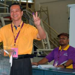 Jeck Seng returns to Parliament as BN scores thumping victory in Tg Piai