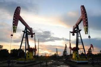 Oil rebounds, but still heads for biggest weekly loss in years 1