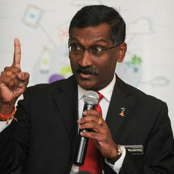 Clarify if there is reduction in number of Indian, Chinese students for matriculation programme: Kamalanathan