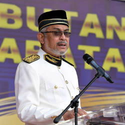 Plot to establish new govt an undignified move, says Khalid Samad