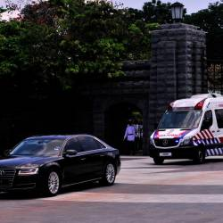 The remains of Tengku Zanariah Almarhum Tengku Ahmad, the stepmother of Sultan of Johor, Sultan Ibrahim Almarhum Sultan Iskandar, being transported from Istana Bukit Serene in Johor Baru on March 18, 2019. — Bernama