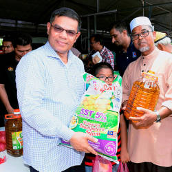 Domestic Trade and Consumer Affairs Minister Datuk Seri Saifuddin Nasution Ismail at a national level Mosque Consumerism Movement programme in Bandar Baru, on April 20, 2019. — Bernama