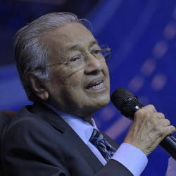 Reshuffle will not happen during my time, says Mahathir