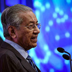 Mahathir: We stand by what we said on Kashmir