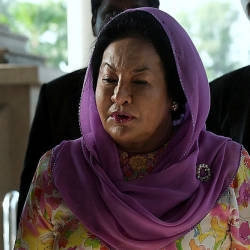 Lebanese jeweller to deposit RM75,000 as security for costs in suit against Rosmah