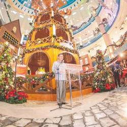 Chan launching the German Christmas Market in Sunway Pyramid last week. – AMIRUL SYAFIQ/THESUN