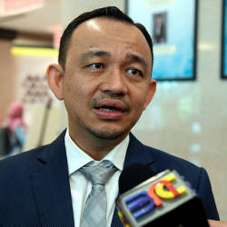 Maszlee: MOE's decision not to approve comic distribution was based on law