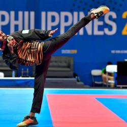 Malaysia's karate exponent, Selvam Prem Kumar, in action en route to clinching gold in the under-55kg, in the 2018 SEA Games, at the Philippines International Trade Centre, on Dec 7, 2019. — Bernama