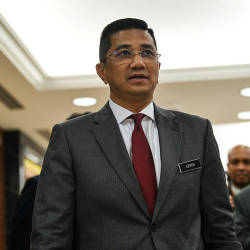 Azmin has statement recorded by police