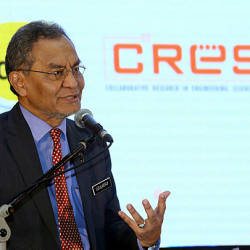 Health Minister Datuk Seri Dr Dzulkefly Ahmad speaks during the launch of the Collaborative Research in Engineering, Science and Technology (CREST) Digital Healthcare Cluster in Cyberjaya today. — Bernama