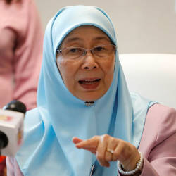Malaysia to have fastest internet in Southeast Asia by 2022: Wan Azizah