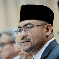 Mosques encouraged to hold solat hajat after friday prayers tomorrow: Mujahid