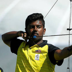 Archers finally strike gold, but finish way off target