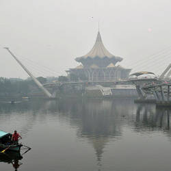 A view of the haze around the Sarawak State Legislative Assembly Hall in Kuching today. — Bernama