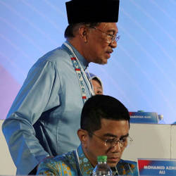 Failure by Anwar to keep promises allowed representatives to attack me: Azmin