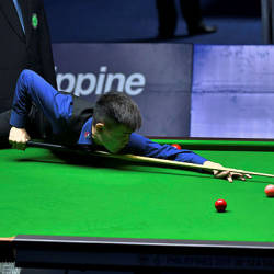 National snooker athlete Moh Keen Hoo goes agianst Filipino Barbero and Roda Jefrey at the SEA Games 2019 Snooker event in Manila on Dec 6 — Bernama