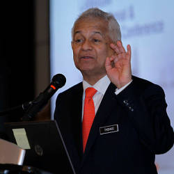 Najib orchestrated SRC fraud from beginning: AG
