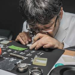 Modern Master Craftsman Ikukiyo Komatsu gave an insightful demonstration by assembling Grand Seiko 9R65 movement. - ADIB RAWI/THESUN